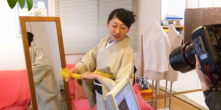 日経新聞取材時の写真